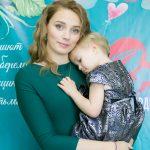 День матери стал праздником красоты
